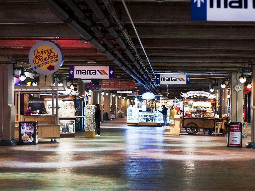 The Mall Of Georgia >> City To Sell Underground Atlanta | WABE 90.1 FM