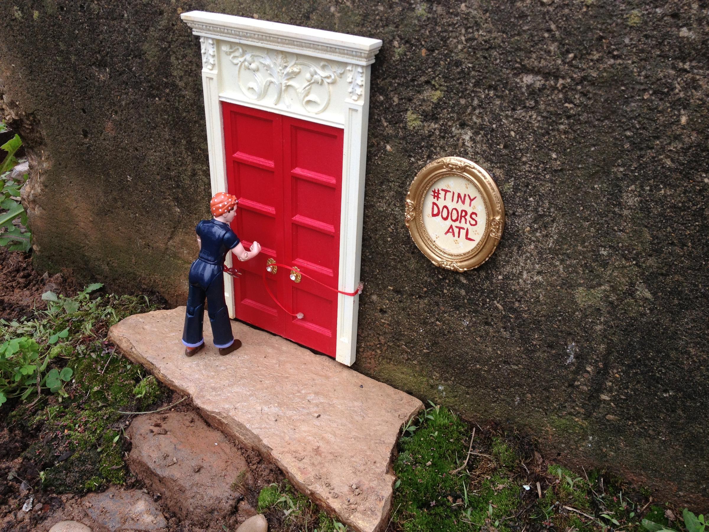 Atlantas Hidden Tiny Doors A Big Surprise Around City Wabe 901 Fm