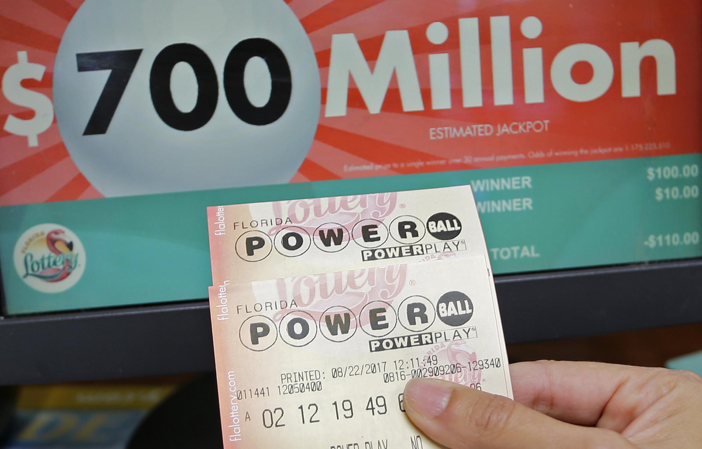 Powerball jackpot soars to $700 million