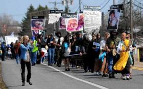 Protestors line Thompson Road Sunday, April 28th.