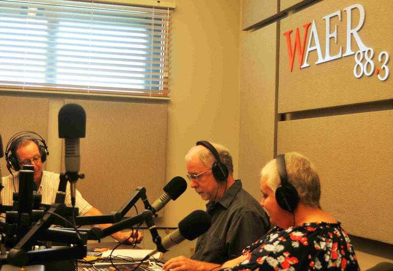 Chapin spoke with WAER's Chris Bolt (L), Tom Honan of Live Space Entertainment (C), and Lynn Hy of Food Bank CNY (R)