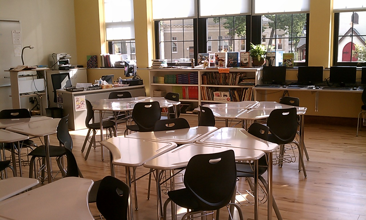 Modern middle school classroom - Renovated School Has Touches Of The Past And Modern Educational Tools Wamc