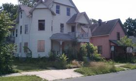 An abandoned foreclosed house in Springfield in 2011