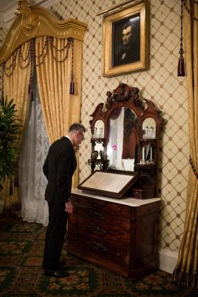 Daniel Day-Lewis viewing the Gettysburg Address in the Lincoln Bedroom in the White House following a screening of the film, 'Lincoln', in the White House family theatre attended by United States President Barack Obama with the film director, screenwriter and many of the actors attending, including Day Lewis, who played Abraham Lincoln.