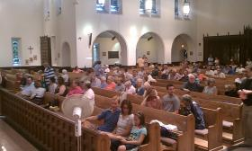 The crowd at Christ Church Cathedral just before the start of the anti-casino forum