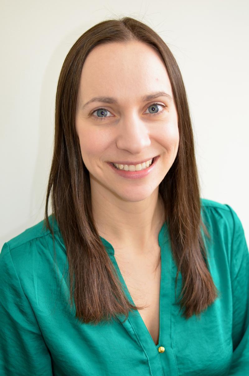 Dr. Thea Bordenave-Sande