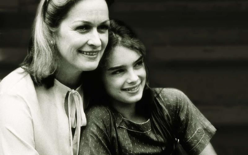 Brook Shields and her mother
