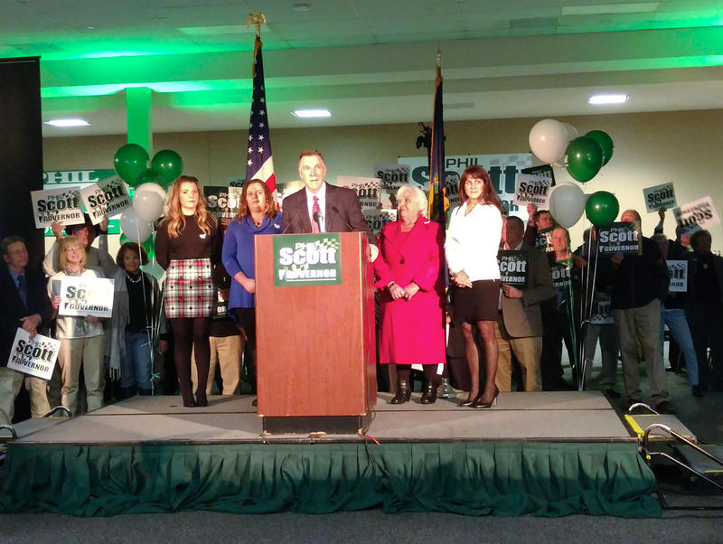 Photo of Phil Scott announcing gubernatorial campaign
