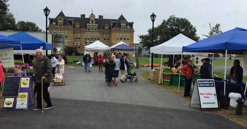 The Downtown Pittsfield Farmers Market at the city's Common