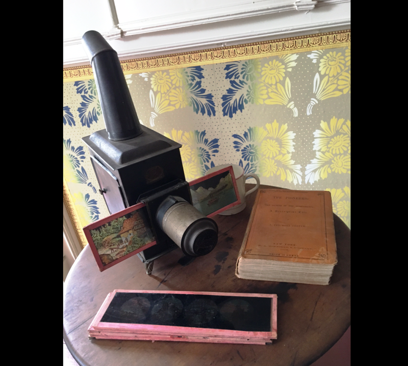 Slide viewer in the Main House.