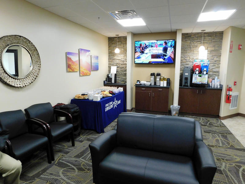 Five Star Urgent Care main waiting area