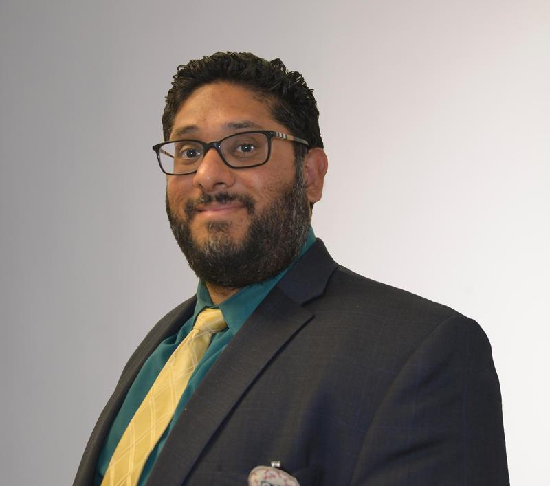 Dr. Malek Sohail