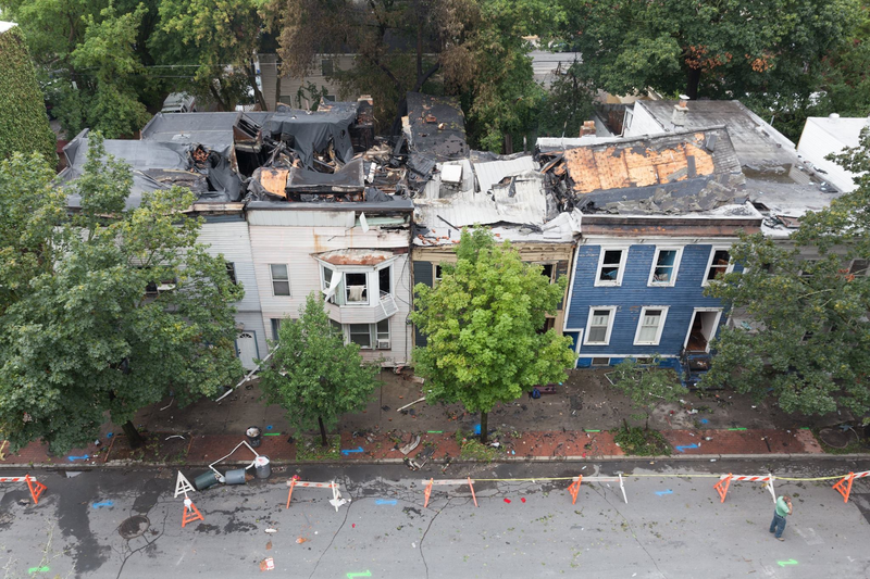 Photo of Madison Ave fire aftermath in Albany - taken by @paul_gallo from rooftop across the street this morning.