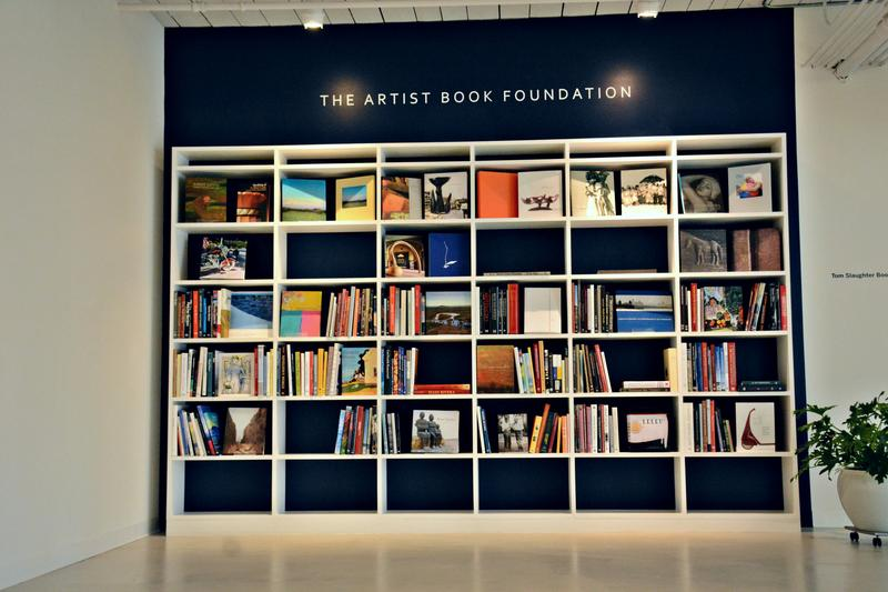 The Artist Book Foundation publishes books doucmenting the lives and works of artists.