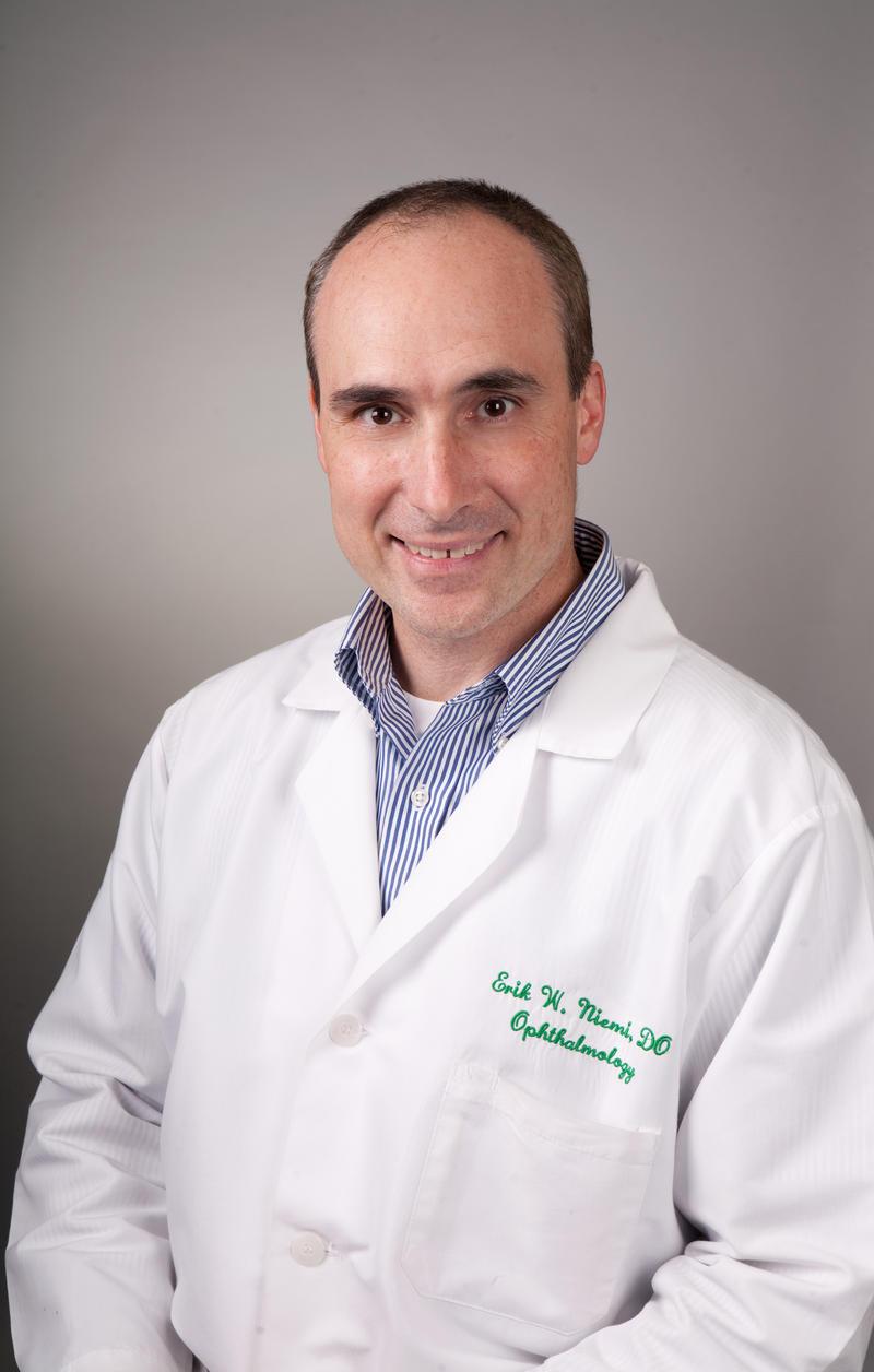 Dr. Erik Niemi