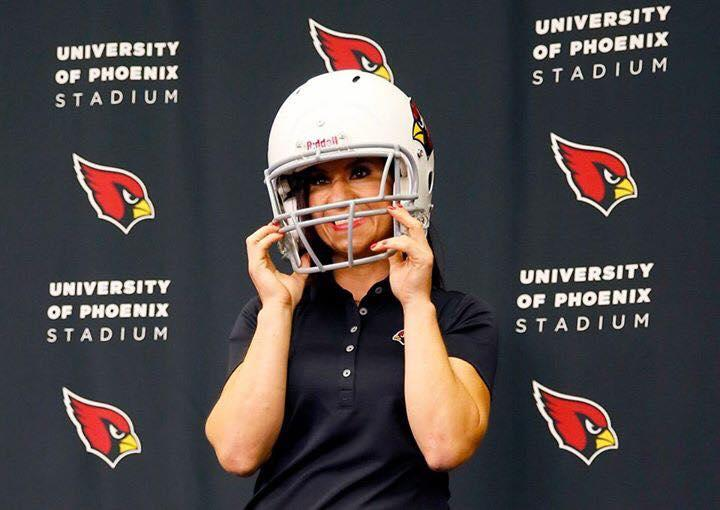 Jen welter played big to become first female nfl coach wamc jen welter sciox Images