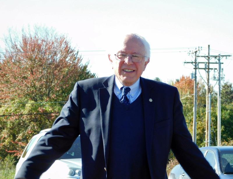 Senator Sanders arrives at the Vermont Regional Test Center for Solar Technology