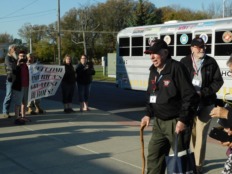 Veterans arrive at Beekmantown Central School for virtual reality tour
