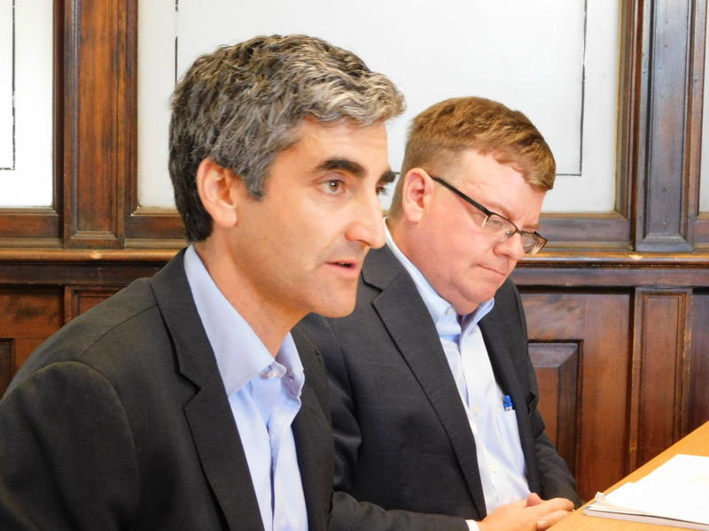 Burlington Mayor Miro Weinberger (left) and Burlington Telecom Advisory Board Chair David Provost