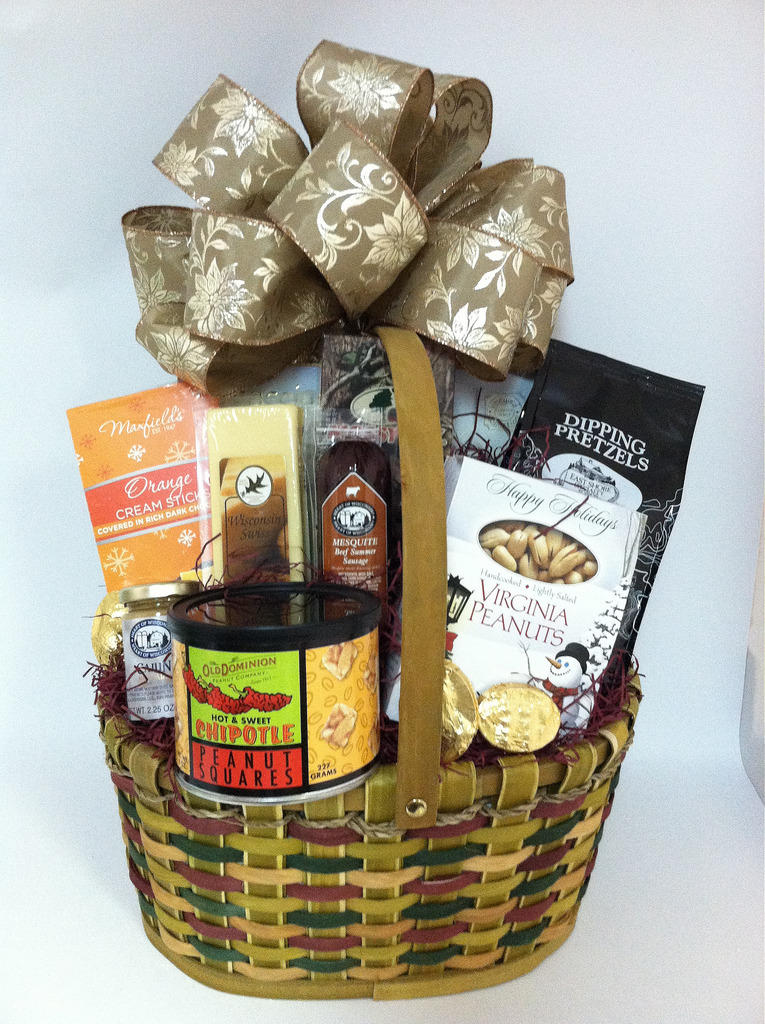 Food Friday: Holiday Gift Basket Cooking 12/1/17
