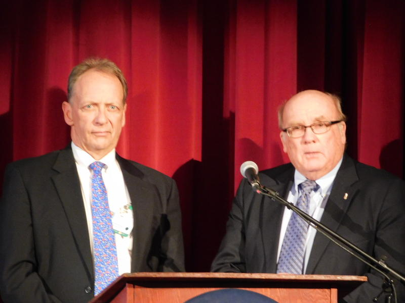 Stephens Mundy (left) with CVPH Board Chair Bob Smith