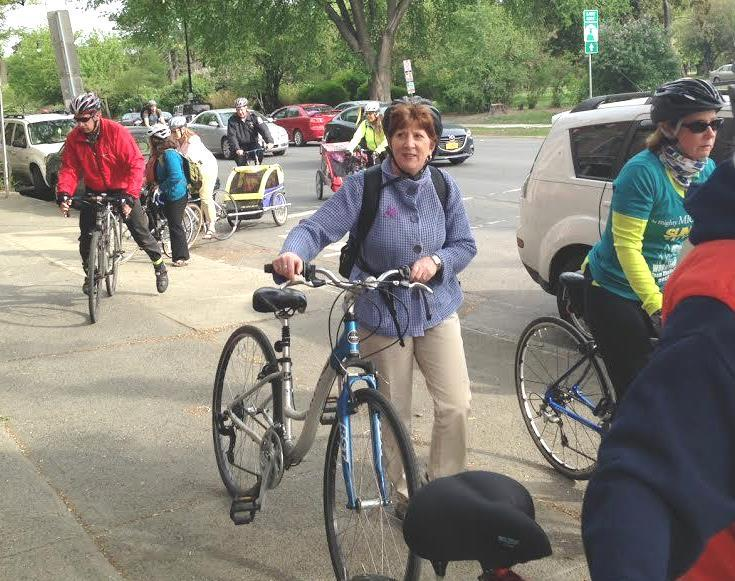 On National Bike to Work Day (May 2015) , Albany Mayor Kathy Sheehan cycled her way through her morning commute.