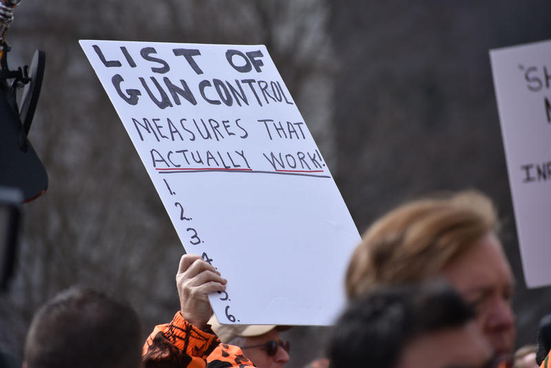 Opponent sign
