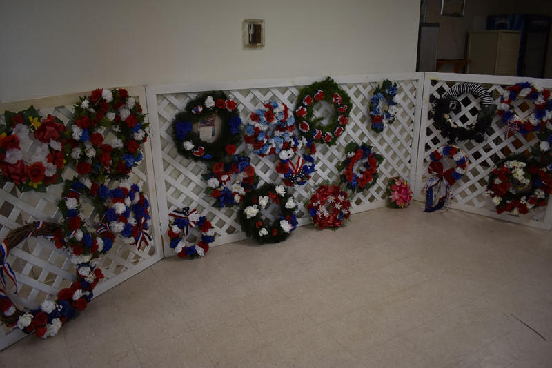 Wreaths laid in commemoration of veterans