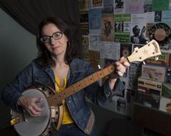 Mother Banjo (Ellen Stanley)