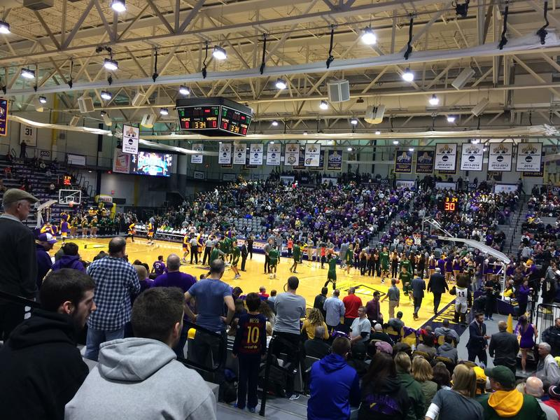 Siena and UAlbany play for at SEFCU Arena for the only time in the Division I era.