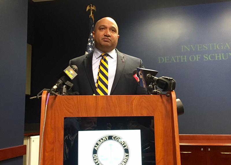 District Attorney P. David Soares today announced that an Albany County Grand Jury cleared Albany Police Officer Elston Mackey of any criminal wrongdoing in relation to the death of 20-year-old Schuyler Lake.