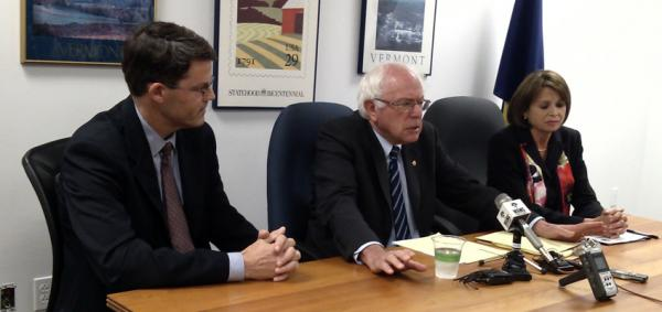 Dr. Hugh Huizenga (left), Senator Bernie Sanders (center), Deborah Amdur (right)