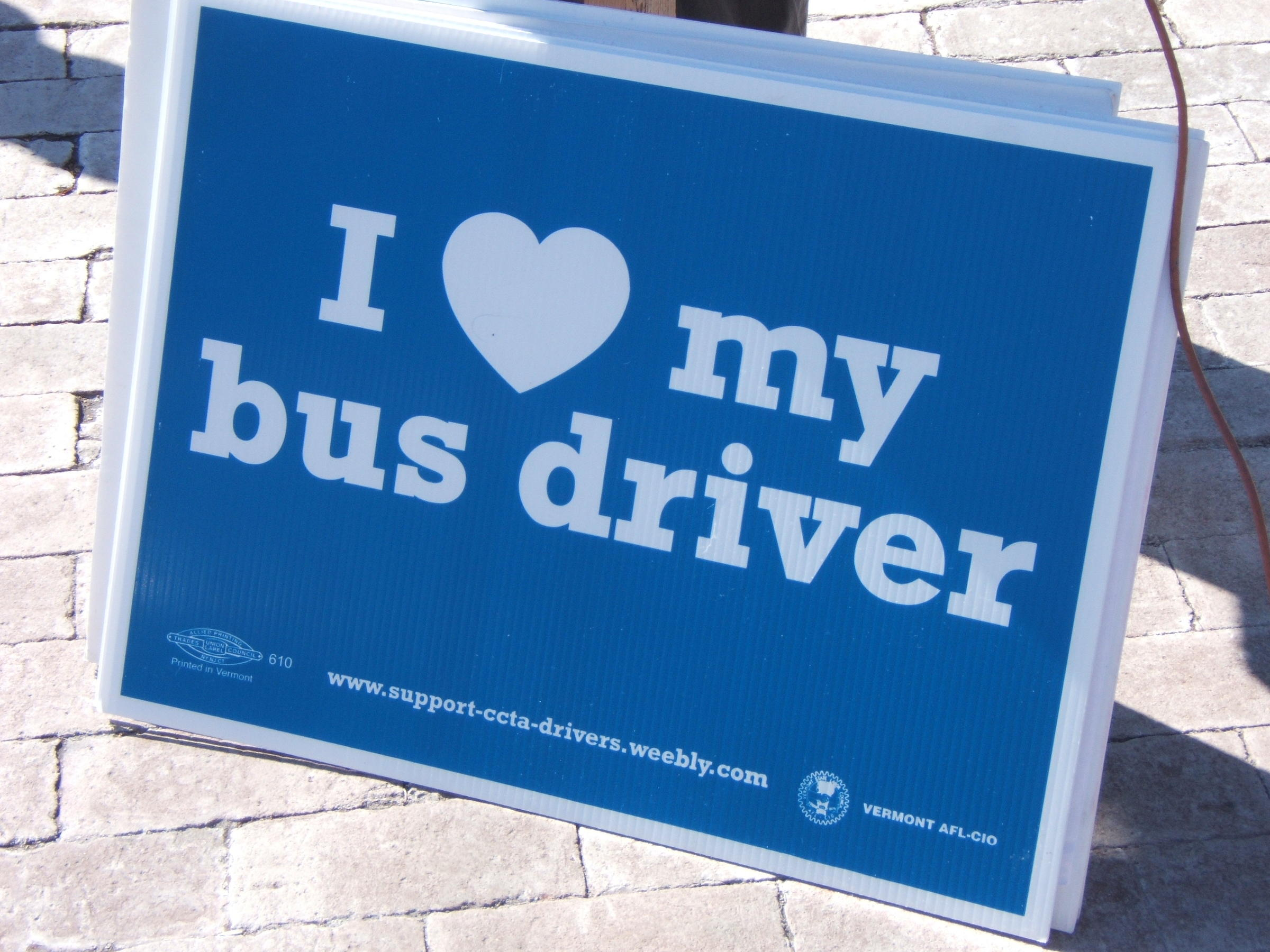 Bus Drivers Company Reach Agreement On 5 Year Contract Wamc