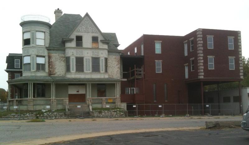Queen Anne Courts at 103 South 4th Street is destined for demolition to make way for a new development.
