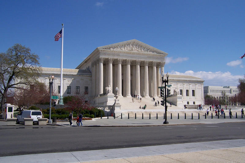 an argument in favor of same sex marriages in the united states because its their right Many united states (us) politicians are listening to their constituents on this debate and have changed their stance to in favor of same-sex marriage along with these politicians changing their stance, many states are overturning their previous bans on same-sex marriage.