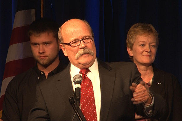 Gregg announces State Rep. Christina Hale as running mate