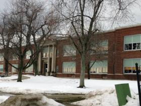 Lindbergh School on Irving Terrance
