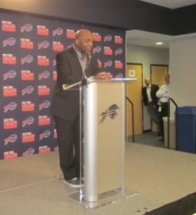 Former Bill Thurman Thomas was emotional in talking about Ralph Wilson's death.