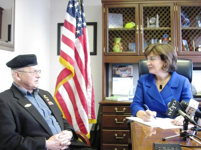 Sergeant Ted Wilkinson and Congresswoman Kathy Hochul