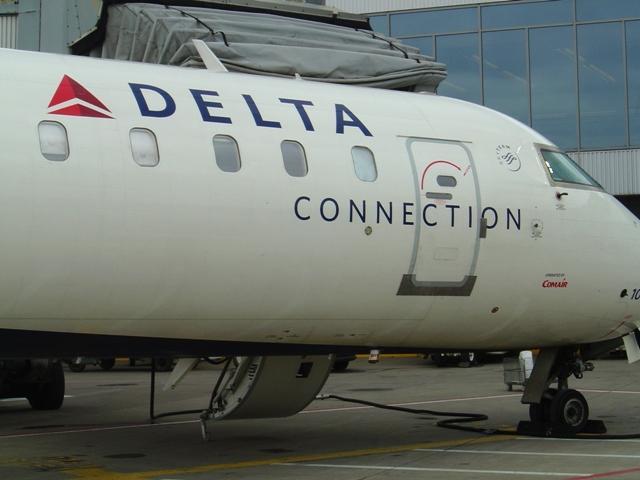 Delta's Canadair CRJ-700