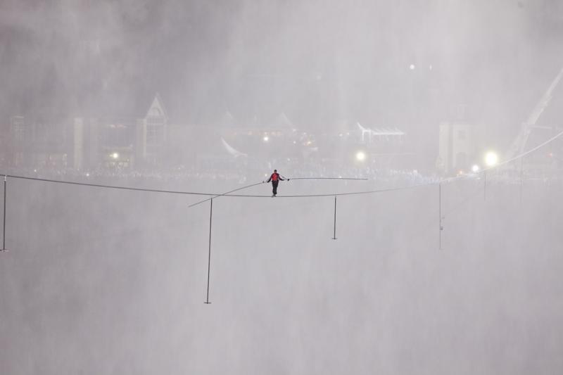 "Nik Wallenda, ""Alone in the Mist"" as he crossed Niagara Falls"