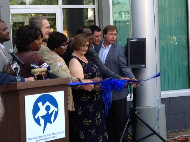 Ribbon cutting at Oxford Commons