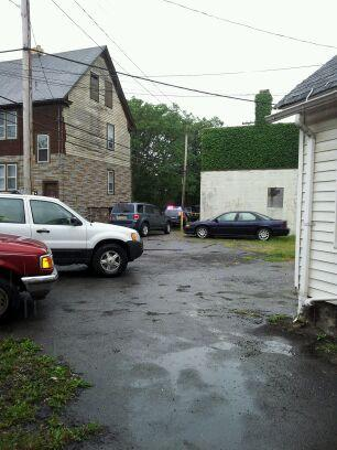 Third Street area in city of Niagara Falls where body was found in a dumpster