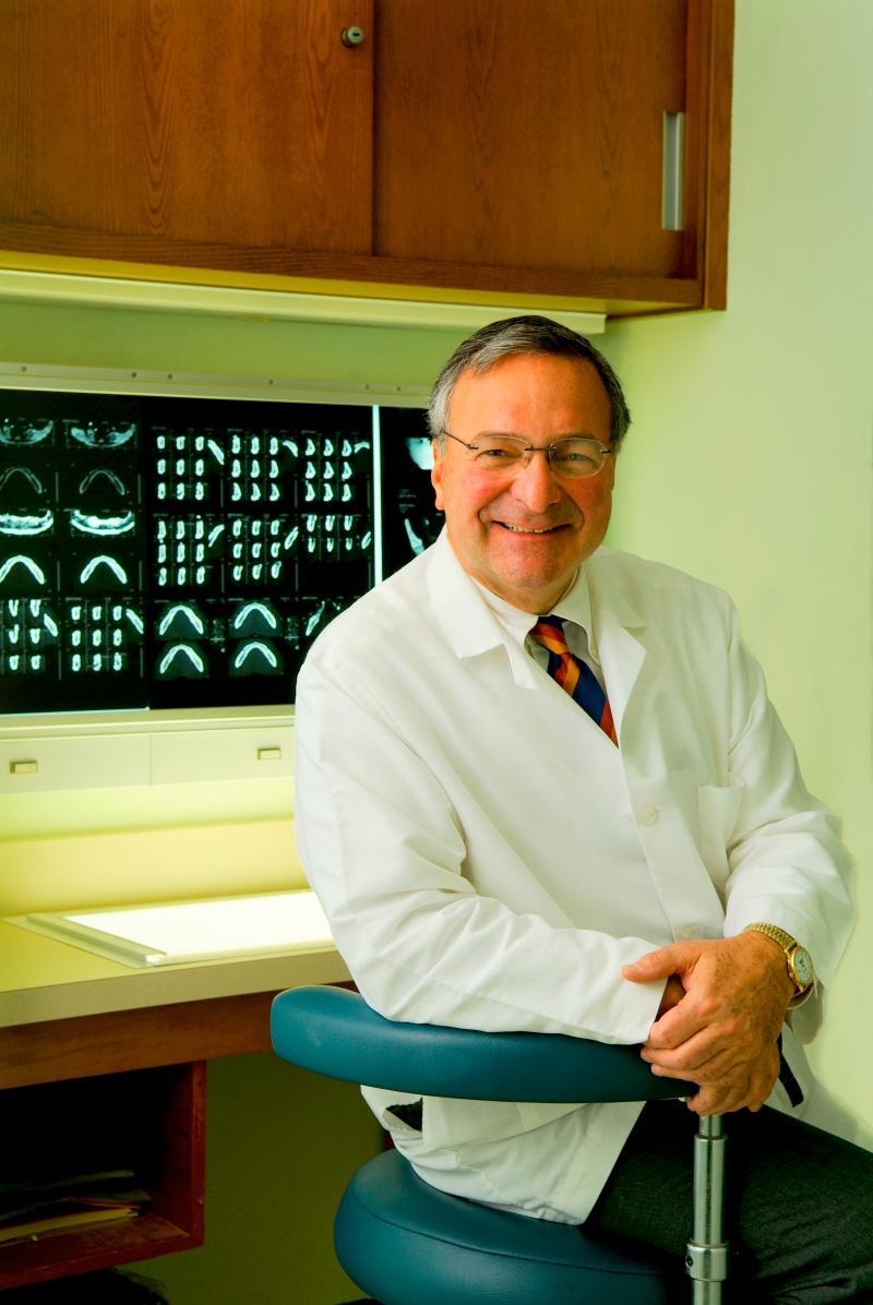 Dr. Robert Geneco