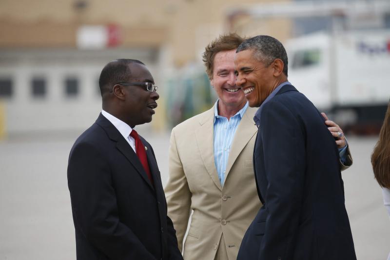 Buffalo Mayor Byron Brown and Rep. Brian Higgins greeted President Obama at the Buffalo airport