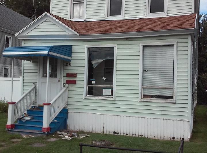 The house at 20 Sidway in Buffalo's Old First Ward has sat vacant since its owner died in 2007, say activists who are pressing for the completion of foreclosure proceedings.