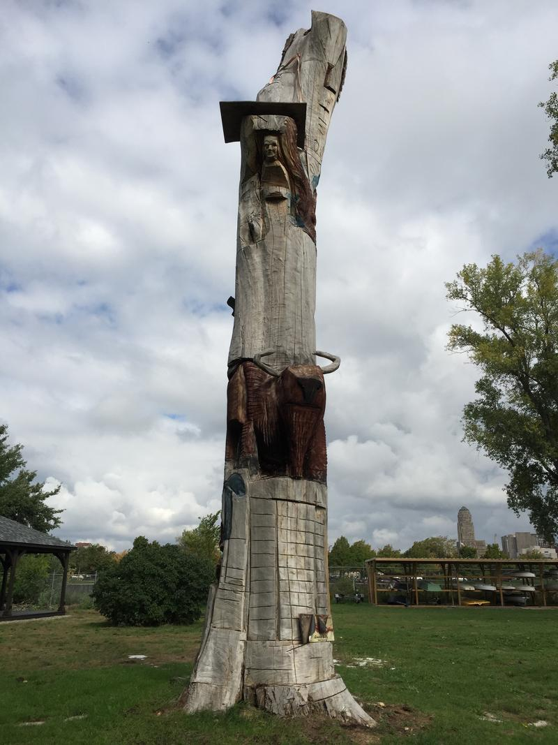 Decorative totems can be found in Lighthouse Point Park.