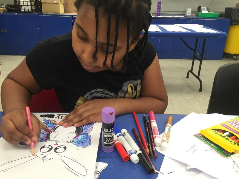 A drop-in art class at the Albright-Knox