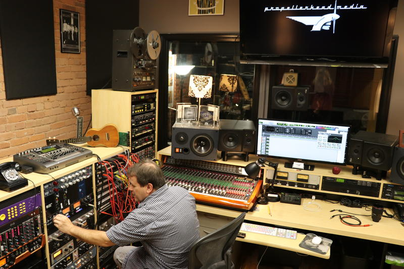 Recording engineer Shaun Mullins has been working with Kane at Propellerhead Media.