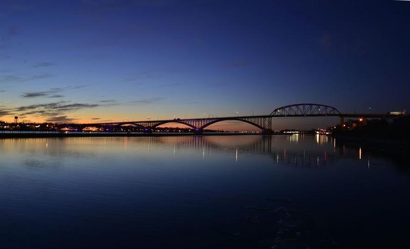 The Peace Bridge at dusk